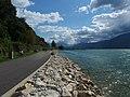 Voie verte du lac du Bourget (direction sud).jpg