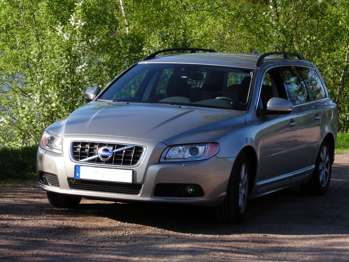 Cars With The Letter A >> Volvo V70 - Wikipedia
