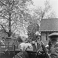 Voorbereidingen en onderhandelingen tot de capitulatie in Wageningen Aankomst v, Bestanddeelnr 900-2799.jpg