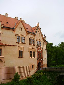 Vrchotovy Janovice, zámek.jpg