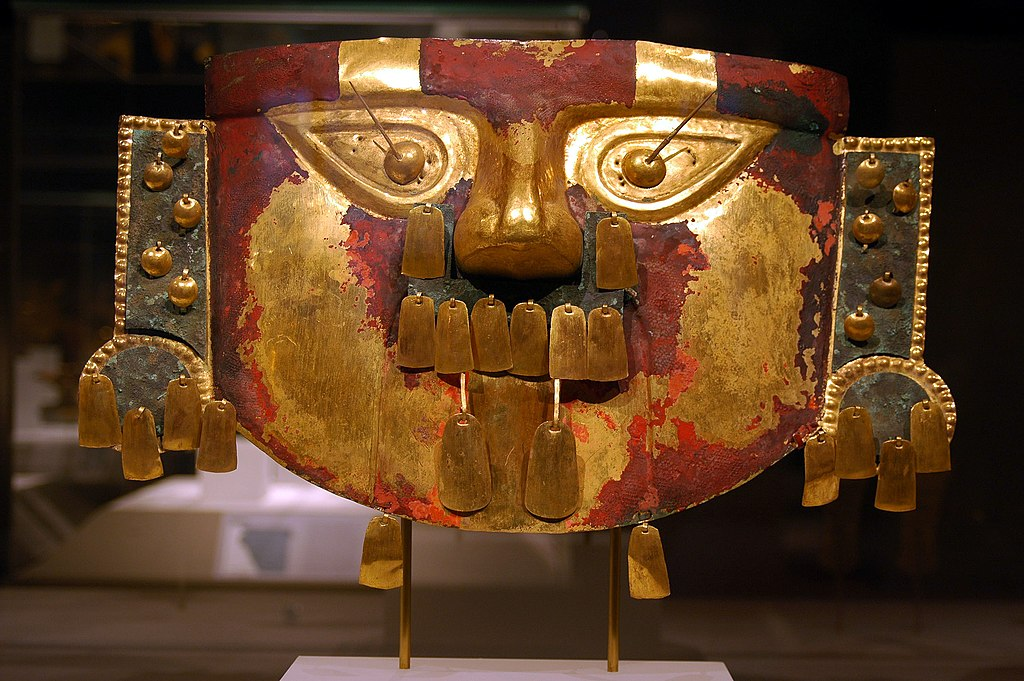 WLA metmuseum Sican Funerary Mask Peru 3