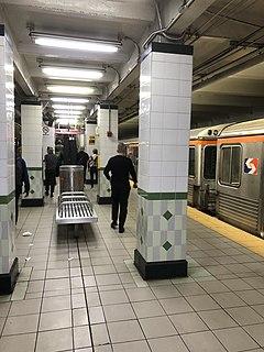 Walnut–Locust station Rapid transit station in Philadelphia