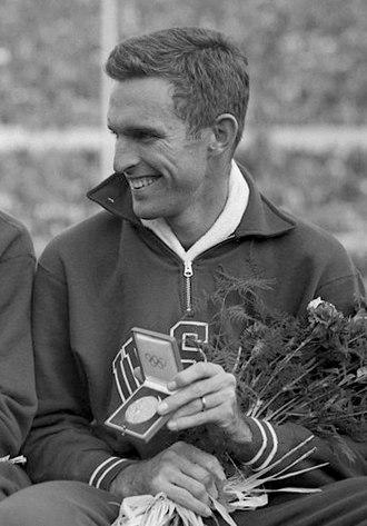 Walt Davis - Davis at the 1952 Olympics