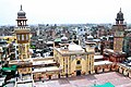 Wazir Khan Mosque (from minaret).jpg