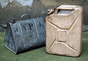 Jerrycan - German containers for 20 litres of fuel. left: former container, right: Wehrmacht-Einheitskanister of 1941, manufacturer: Nirona