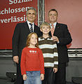 Werner Faymann in Oberwart (2877924017).jpg