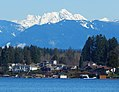 Whitehorse Mountain seen from Lake Stevens WA.jpg
