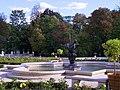 Wilanów garden fountain 01.jpg