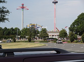 WindSeeker - WindSeeker and Sky Tower in operation at Carowinds