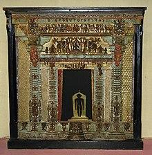 Wooden sculpture, Crafts Museum, New Delhi.jpg