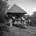 """""""Kazuc"""" in voz s """"šaraglami"""" - pri ta Zadnjih, Podkraj 1960.jpg"""