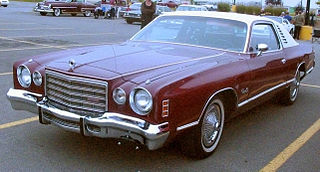 '75 Dodge Charger (Les chauds vendredis '11).JPG