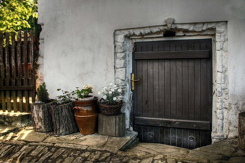 File:Štramberk, Plaňava 207, dveře.jpg