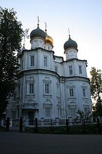 Казанская церковь в Узком.jpg