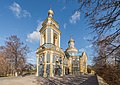 Церковь Николая Чудотворца в Троекурове осенью.jpg