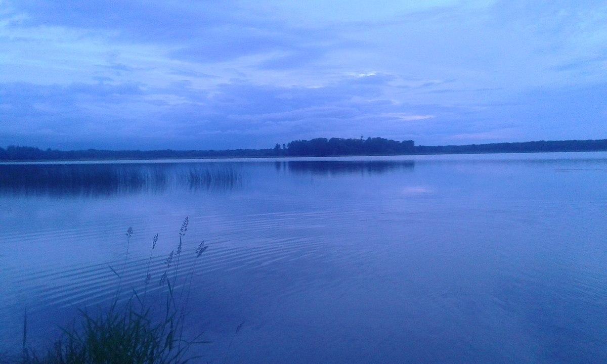 изображение череменецкое озеро фото из-за