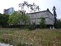人文大樓預定地草地以及遠處的農業陳列館.JPG