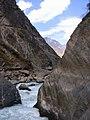 虎跳峡(Tiger Leaping Gorge) - panoramio.jpg