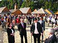 09897 Bilder von der Marktplatzeröffnung im Freilichtmuseum Sanok durch Minister Zdrojewski, am 16. September 2011.jpg