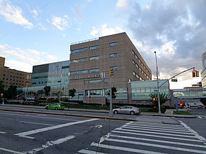 Queens Hospital Center - Image: 164th St Queens Hospital 15