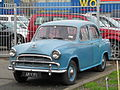 1959 Morris Oxford (9350647092).jpg