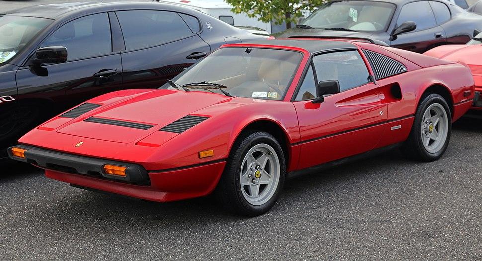 1985 Ferrari 308 GTS QV (US), front left