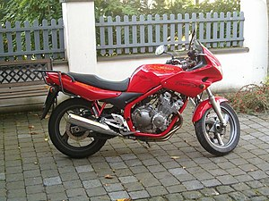 1997 Yamaha XJ600S Diversion.jpg