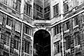 2006-09-23 - London - Building - Black and White (4889745338).jpg