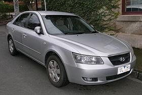 2007 Hyundai Sonata (NF MY07) SLX sedan (2015-07-06) 01.jpg