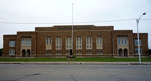 Escanaba, Michigan - Image: 2009 0619 Escanaba JHS