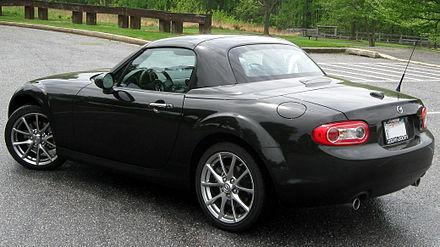 http://upload.wikimedia.org/wikipedia/commons/thumb/5/5f/2011_Mazda_MX-5_PRHT_--_04-28-2011_rear.jpg/440px-2011_Mazda_MX-5_PRHT_--_04-28-2011_rear.jpg