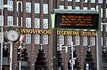 2014-08-27 Busstops von Alessandro Mendini, Kurt-Schumacher-Straße Hannover, Gleisbau D-Linie, Stadtbahn 10 ab Hauptbahnhof über Tunnelstrecke, Linie 17 zwischen Glocksee und Wallensteinstraße (02).jpg