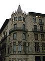 317 Casa Pascual i Pons, pg. de Gràcia - rda. Sant Pere.jpg