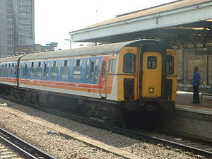 Vauxhall station (London) - Vauxhall with a train to London Waterloo in 2002.