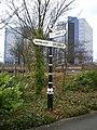 A 'Silkin Way' signpost - geograph.org.uk - 1182978.jpg
