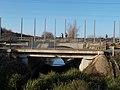 A Rákos-patak feletti közúti és vasúti híd, 2019 Isaszeg.jpg