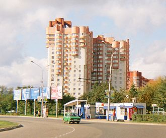 Dzerzhinsky City District, Perm - An apartment house, example of the 1990s architecture