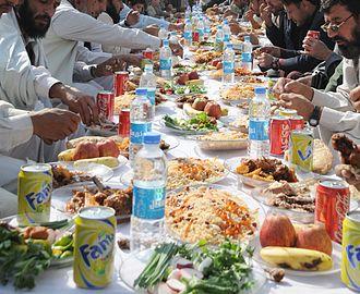 Afghan cuisine - Afghan men eating lunch in Kunar Weleyat