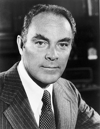 Official portrait of Haig as White House chief of staff Alexander Haig photo portrait as White House Chief of Staff black and white.jpg