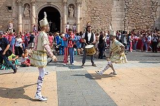 La Mare de Déu de la Salut Festival - Tornetjants dancers.