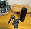 Amazon Echo unpacked (15978606333).jpg