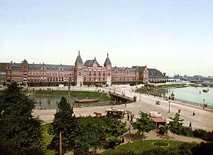 Amsterdam Centraal station - Amsterdam Centraal station, designed by Pierre Cuypers, c. 1890-1900.