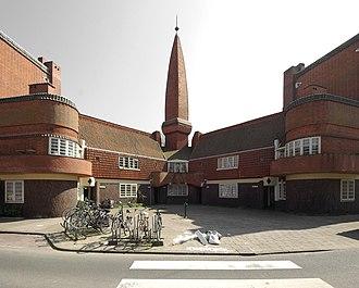 Amsterdam School - 'Het Schip' apartment building in Amsterdam, 1917-20 (Michel de Klerk)