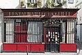 Ancien débit de boisson, rue du Faubourg-Poissonnière 02.jpg