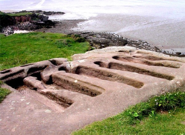 Ancient stone graves at St. Patrick's Chapel, Heysham - geograph.org.uk - 333469