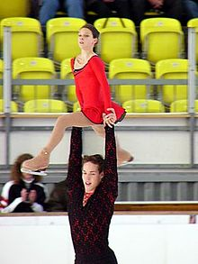 Angelika Pylkina & Niklas Hogner 2004 Junior Grand Prix Germany.jpg