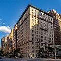 Apartments on Park Avenue (49957495033).jpg