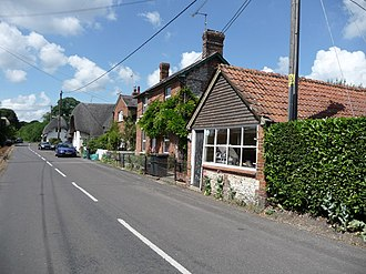 Appleshaw - Image: Appleshaw Street Scene geograph.org.uk 1381518