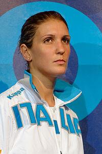 Arianna Errigo podium 2013 Fencing WCH FFS-IN t204404.jpg
