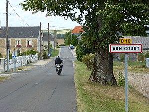 Arnicourt - Entrance to the village